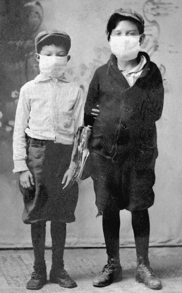spanish influenza 1918 One hundred years ago, the deadliest influenza pandemic of all time made a ravaging march across the globe the spanish flu of 1918-19 infected an estimated one-third of the world's population .